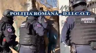 "VIDEO Traficanti de droguri celebri in Bucuresti, arestati de Politie. Soraj Cocalaru si Balosu ""sefii heroinei"" in zona Gradina Icoanei"