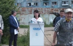 """VIDEO UPDATE Ministrul Violeta Alexandru, agresata verbal de un pensionar, in timpul unei conferinte de presa: """"Mareste pensia! Luati mana, ca omor!"""""""