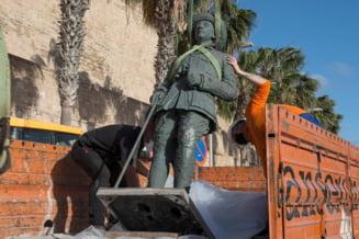 VIDEO Ultima statuie a dictatorului Francisco Franco a fost inlaturata din Spania
