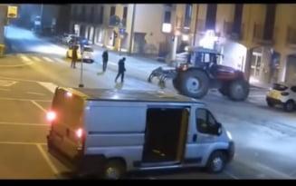 VIDEO Un barbat care a participat in Italia la un furt ca-n filme, descoperit in Olt. Hotii au spart zidul unei banci cu un tractor si au luat 120.000 euro