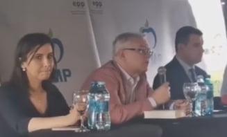 VIDEO Un candidat la primaria unui oras - resedinta de judet a uitat numele partidului din partea caruia candideaza
