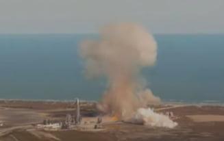 VIDEO Un prototip de racheta al SpaceX s-a prabusit la aterizare. Imagini facute publice de companie