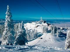 Va era dor de schi? Se deschid partiile din Poiana Brasov. Zapada are chiar si un metru