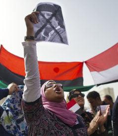 Va schimba ceva revolutia pentru femeile din Libia si Egipt?