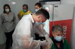 Va umple valul patru al pandemiei spitalele din România? Adevărata cifră este gradul de vaccinare al persoanelor vulnerabile