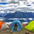 Vacanță în camping? 7 sfaturi de care să ții cont înainte de a pleca la drum