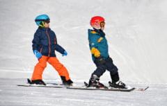 """Vacanta de iarna a elevilor ar putea incepe """"pe zone"""". Ce propune un parlamentar USR PLUS"""