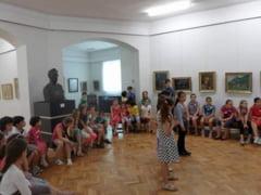 Vacanta la muzeele din Prahova. La ce activitati iti poti inscrie copilul