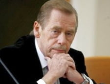 Vaclav Havel se simte mai bine, dar va ramane mult timp spitalizat