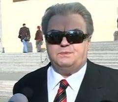 Vadim Tudor, din nou presedinte al PRM - instanta l-a repus in functie