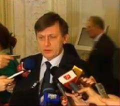 Vadimizarea lui Crin Antonescu (Opinii)