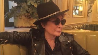 Vaduva lui John Lennon, dezamagita. Nu-l mai iubesc oamenii pe solistul Beatles?