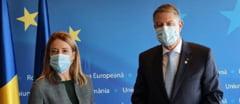 """Val de comentarii critice la adresa lui Iohannis, pe pagina vicepreședintei Parlamentului European: """"Îți amintești de ce am fost în stradă acum câțiva ani? Da, Iohannis a cedat în fața bandei lui Dragnea"""""""