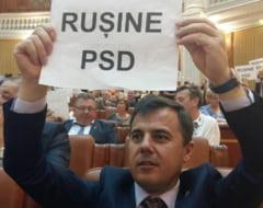 Val de mesaje împotriva unei alianțe cu PSD, postate pe Facebook de parlamentarii PNL din tabăra Orban