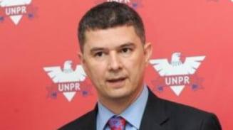 Valeriu Steriu: Repornirea economiei, o problema grava a Romaniei