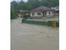 Valoarea colosala a pagubelor produse de inundatiile din aceasta vara in Prahova. Sute de case si gospodarii, distruse de viituri