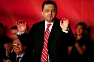 Vanghelie: 35% din oamenii din CExN au dosare penale. Ponta i-a pacalit ca baga legea amnistiei