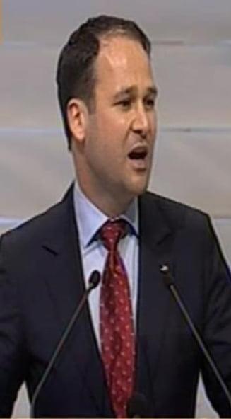 Vanghelie: Bucurestiul nu are nevoie de Robert Negoita!