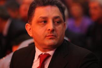 Vanghelie: Geoana a fost reprimit in PSD, Basescu nu risca o noua suspendare