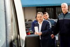 Vanghelie, mesaj pentru Ponta de dupa gratii: Nu uita ca oameni ca mine stau in puscarii, nevinovati