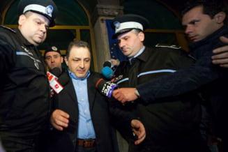 Vanghelie afla daca va fi arestat: Am un loc in celula pentru Oprea si Ponta