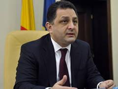 Vanghelie il desfiinteaza pe Antonescu: Ponta alearga singur, colegul de coalitie il incurca