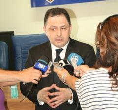 Vanghelie vrea sa ii ia locul lui Ponta la sefia PSD - surse