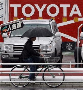 Vanzarile Toyota, mai slabe cu 27%