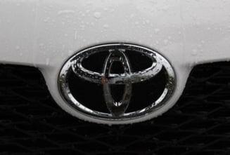 Vanzarile Toyota au scazut cu 13 procente