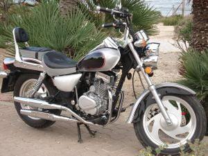 Vanzarile la motocicletele lui Tariceanu au scazut cu 50%