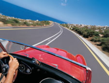 Vanzarile scazute de masini au afectat piata asigurarilor, in 2010
