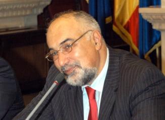 Varujan Vosganian: Romania are nevoie de un duhovnic pe post de premier