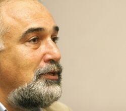 Varujan Vosganian, despre criza, politica si bancuri cu Boc - Interviu