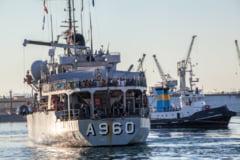 Vas cu luptatori teroristi, scufundat de avioane militare in Mediterana