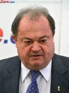 Vasile Blaga a fost achitat, in prima instanta, in dosarul in care e acuzat de trafic de influenta
