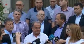 Vasile Blaga s-a intors in prima linie: A avut o intalnire cu fostii grei din PDL si au anuntat ca-l sustin pe Iohannis. Orban n-a fost invitat
