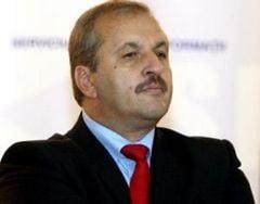 Vasile Dancu: Iliescu este tratat ca sfintele moaste