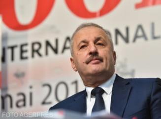 """Vasile Dincu: """"Klaus Iohannis va incerca probabil o noua solutie pentru un premier de centru-dreapta. Nu e exclus un Guvern de uniune nationala"""""""