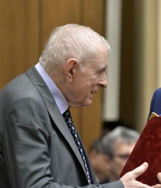 Vasilescu (BNR), despre recordurile doborate de euro: Piata valutara este influentata si de declaratiile politice