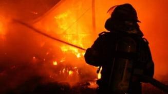 Vaslui: 70 de hectare de vegetatie uscata au ars in urma unui incendiu in comuna Lipovat