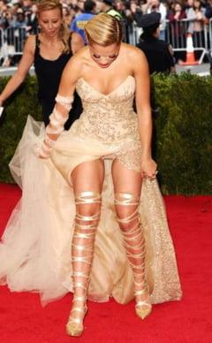 Vedete prinse pe picior gresit - prea sexy, fara sa vrea (Galerie foto)