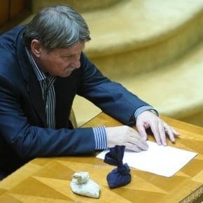 Verestoy Attila a revenit la Senat si a preluat functia de chestor