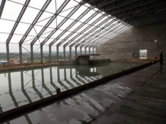 Verificari in bazinele celui mai mare complex de agrement din Botosani