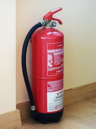 Verificati daca sunteti in siguranta: Hotelurile, magazinele si localurile sunt obligate sa afiseze daca nu au autorizatie de securitate la incendiu