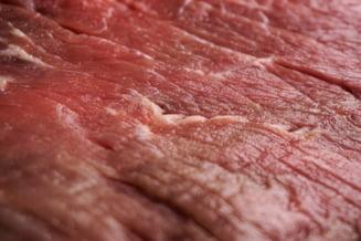 Verificati si eticheta atunci cand luati carne proaspata sau va uitati doar la cum arata? Sondaj Ziare.com