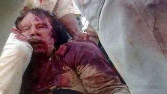 Verigheta lui Gaddafi si camasa in care a murit, scoase la licitatie