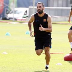 Veste proasta pentru Marius Sumudica! Arda Turan de la Barcelona a semnat cu o rivala la titlu in Turcia