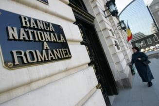 Vezi cat au scazut rezervele valutare ale Romaniei