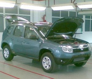 Vezi noua Dacia SUV (Galerie foto)