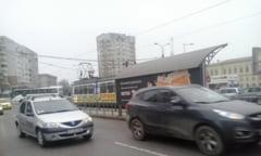 "Vi se pare ca stati mai mult in trafic? Primaria: Reglam timpii semafoarelor ""inteligente"""